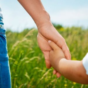 cropped-lp-adult-child-holding-hands-600x400-1.jpg